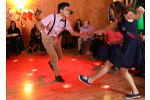 All events for FREE Beginner Lindy all month! – The Dance Shack Studio